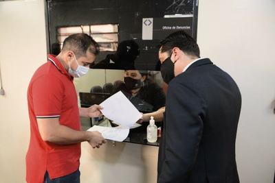 Prieto denuncia a CONTRIBUYENTE para proteger ESQUEMA de ROBO en la comuna