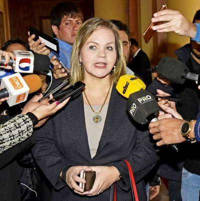 Lilian adelanta que votará en contra de la pérdida de investidura de Friedmann y de ZI