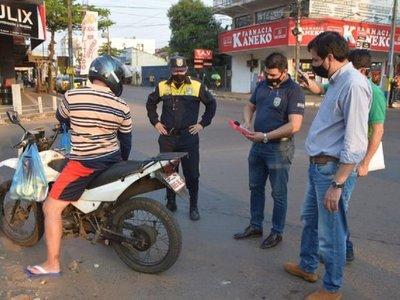 En Luque no perdonan las motos con roncador y obligan a dueños a cambiarlos