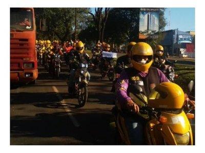 Taxistas y mototaxistas se movilizarán por la reapertura del Puente de la Amistad