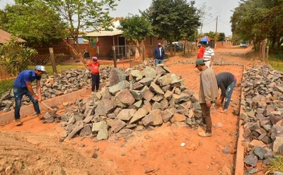 Avanza la construcción de obras en el departamento de Caazapá