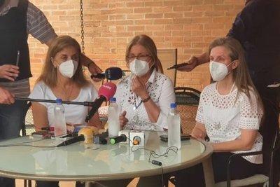 Hijas de secuestrado piden despeje de las FTC para retiro de medicamentos · Radio Monumental 1080 AM