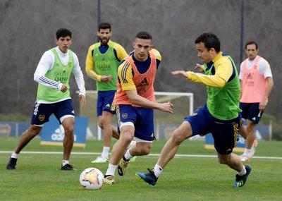 """Ministro de salud afirma que jugadores de Boca están """"recuperados"""" y presenta protocolo para abrir puente"""