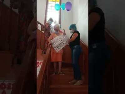 Ocho abuelitos de hogares vencen al COVID-19, sin ser internados