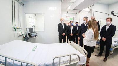 La madrastra de Mazzoleni tendría vinculos con empresa que construyó hospitales