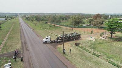 "Militares y policías evitan responder si harán caso a petición de ""liberar"" zona"