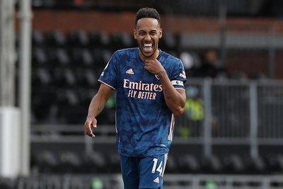 Arsenal renueva con su capitán y máxima figura, Pierre-Emerick Aubameyang