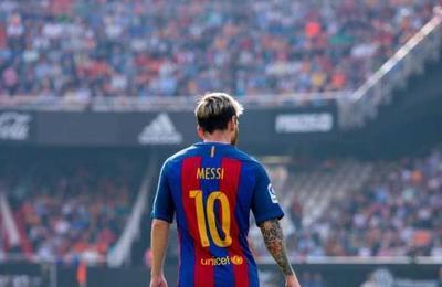 La 'cárcel de oro' de Messi: es el mejor pagado del mundo pero no le alcanza para dejar el Barça