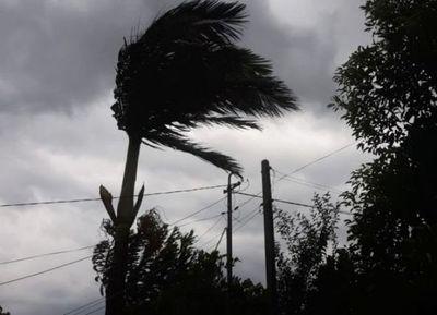 Alerta por tormentas eléctricas y vientos de 100 km/h para mañana