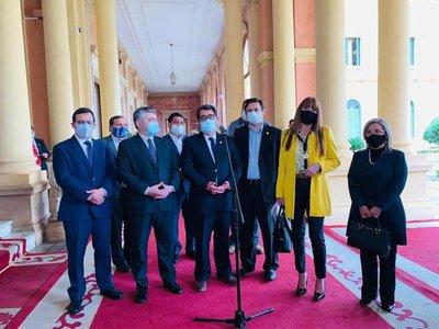 Legisladores del PLRA se reunieron con Abdo en torno al secuestro de Óscar Denis