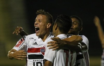 São Paulo inscribe a un paraguayo en su lista de Libertadores