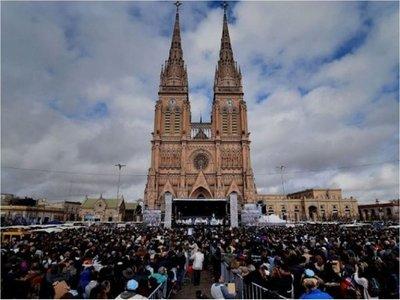 Argentina suspende multitudinaria peregrinación a Luján