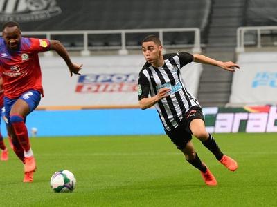 Almirón le marca el camino al Newcastle en la Copa de la Liga