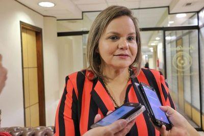 Diputado Rejala sugiere pérdida de investidura para senadora Samaniego