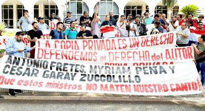 """Artistas nacionales a la Corte: """"que nos devuelva los derechos de autor para enfrentar esta crisis"""""""