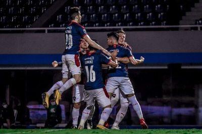 Cerro Porteño gana y mantiene su ventaja en la punta