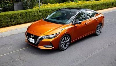 Un renovado Nissan Sentra llegó a Paraguay (con diseño claramente más deportivo)