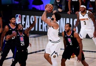 Nuggets eliminan a favoritos Clippers y jugarán final del Oeste ante Lakers