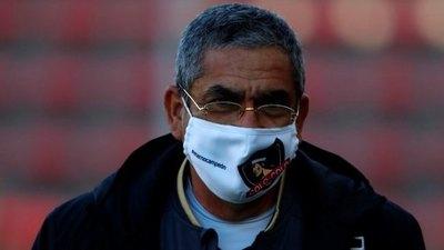 Crónica / Colo Colo de Gualberto Jara venció por primera vez al Peñarol