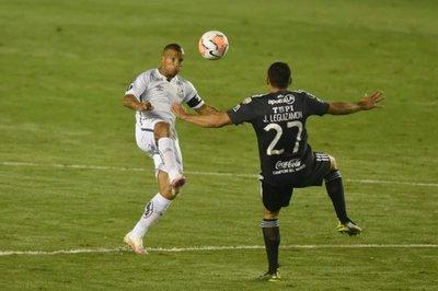 Olimpia rescata un valioso empate de Vila Belmiro