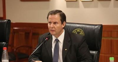 La Nación / Reclaman postura sobre pérdida de investidura