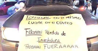 La Nación / Exigen la pérdida de investidura de Friedmann