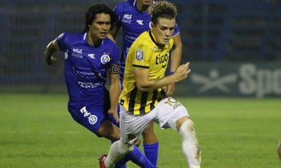 Bautista Merlini en la antesala del partido contra Tigre