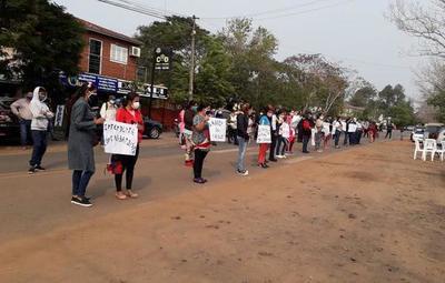 Pobladores de Independencia se movilizan contra el intendente