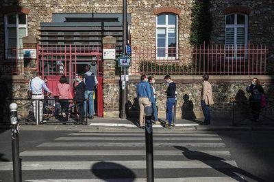 Los contagios por coronavirus en Francia rozan los 10.000 en un día