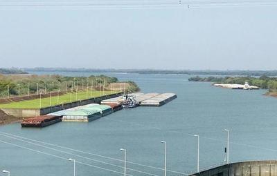 Preocupan niveles críticos de ríos Paraguay y Paraná