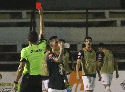Un par de partidos de suspensión para dos jugadores y multa para Duarte