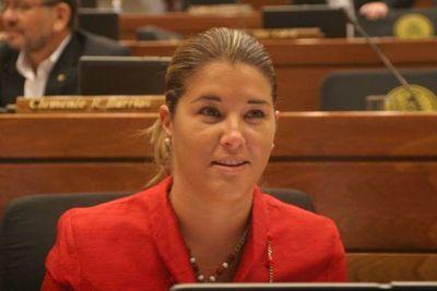 Cynthia Tarragó admite culpa en causa internacional de lavado de dinero