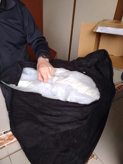 Detienen a dos personas por intentar enviar cocaína a Francia – Prensa 5