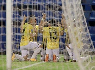 Costas confirmó el once titular de Guaraní para la Libertadores