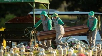 Brasil vuelve a superar las mil muertes diarias por COVID-19
