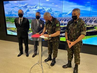 Ejército del Brasil reforzará seguridad en el lago Itaipú