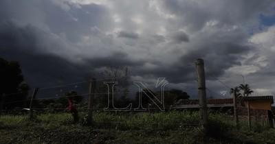 La Nación / Pronostican jueves fresco a cálido y lluvias dispersas