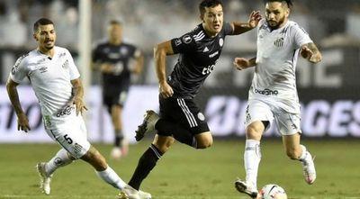Libertadores: El decano arrancó un empate frente a Santos