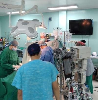 """Niño de 11 años accede a trasplante cardiaco en el Hospital Pediátrico """"Niños de Acosta Ñu"""""""