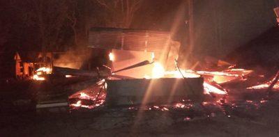Investigan conexión de EPP en incendio de retiro en Horqueta