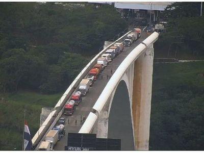 Paraguay y Brasil acuerdan reactivación del comercio fronterizo