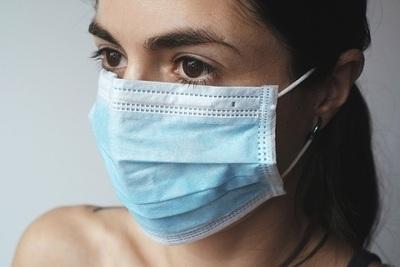 Covid-19: Posibilidad de contagio disminuye a los 10 días, según Salud