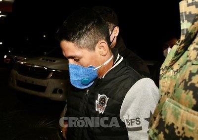 Crónica / Adelio Mendoza dio positivo al virus vai