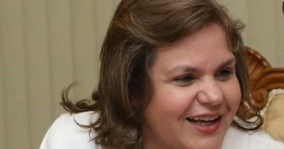 La Nación / Lilian Samaniego: ¿protectora del clan Ferreira y de Friedmann?
