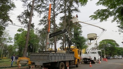 Buscan disminuir cortes eléctricos en Franco