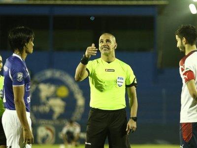 Éber Aquino, el árbitro designado para el partido donde Cerro Porteño ya podría gritar campeón