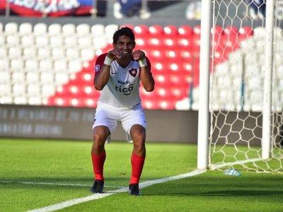 El Conejo Benítez tiene nuevo club en Paraguay