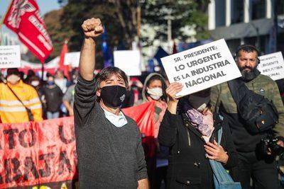 Uruguay vive el primer paro general durante el Gobierno de Lacalle Pou