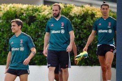 La 'Juve' anunció la salida de su goleador