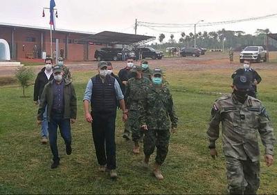 Mario Abdo Benítez llega a la base del CODI en Arroyito